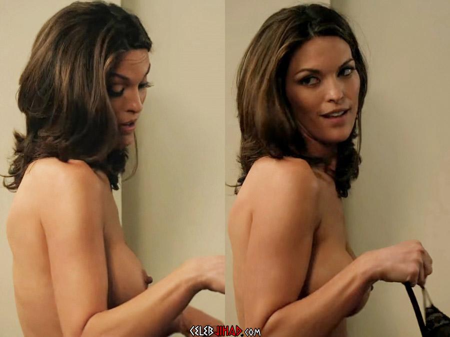 Alana De La Garza nude