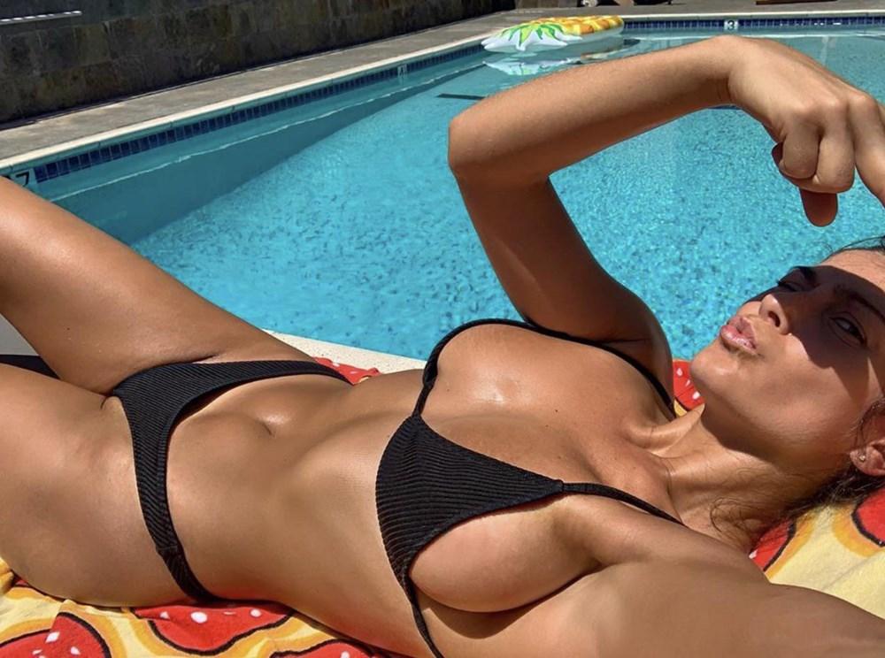 Elysia Rotaru bikini