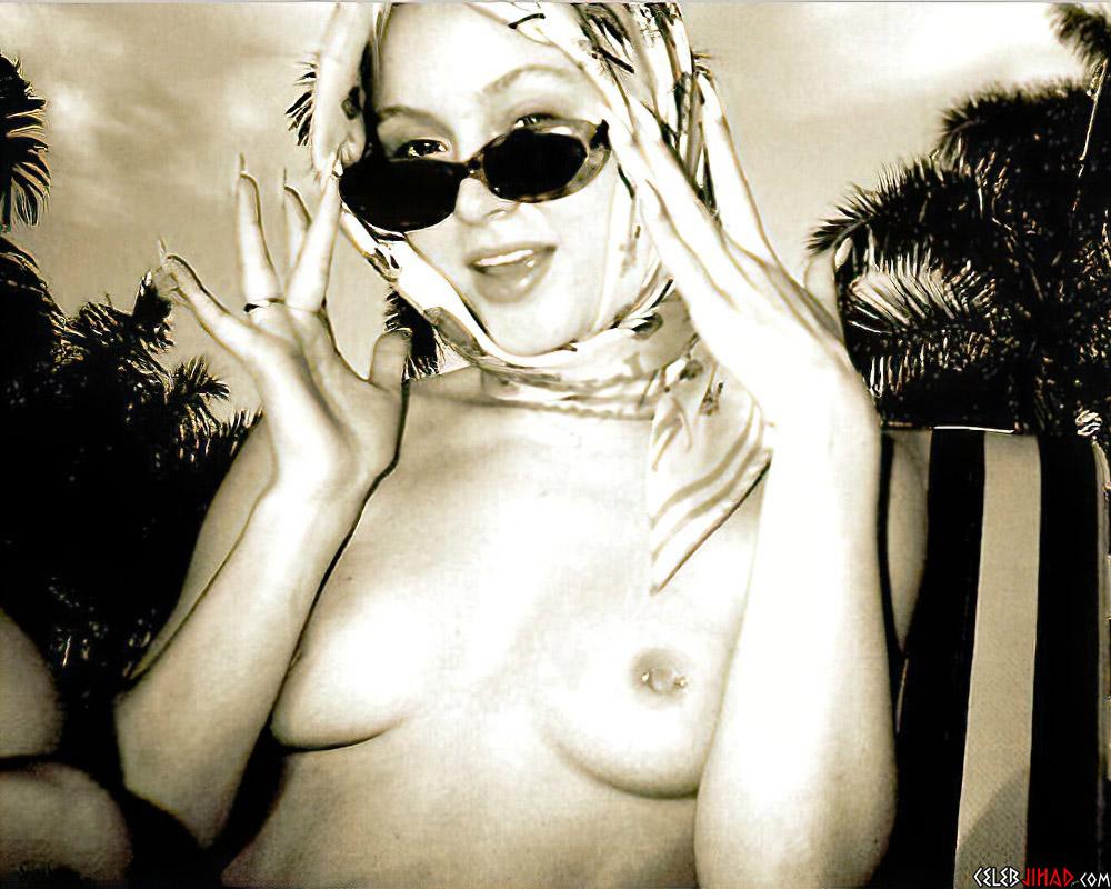 Zara Larsson nude topless